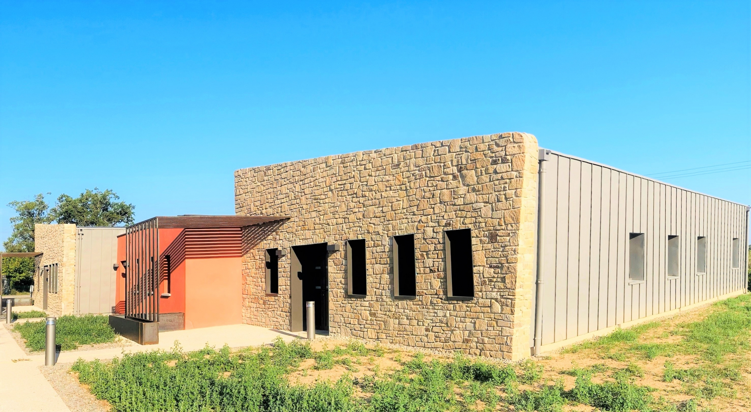 Maison de Santé - Lanuéjouls 4 généralistes et 3 kinésithérapeutes
